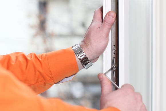 Заботливый эксперт на дом ремонт и регулировка